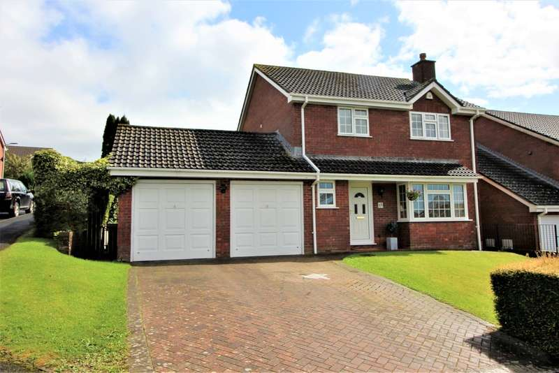 4 Bedrooms Detached House for sale in St Maurice View , Plympton, Plymouth