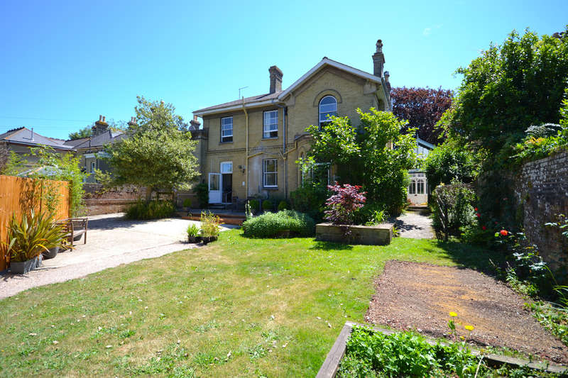 6 Bedrooms Detached House for sale in Carisbrooke, Isle Of Wight