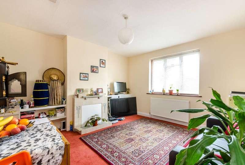 3 Bedrooms House for sale in Pleasant Way, Alperton, HA0