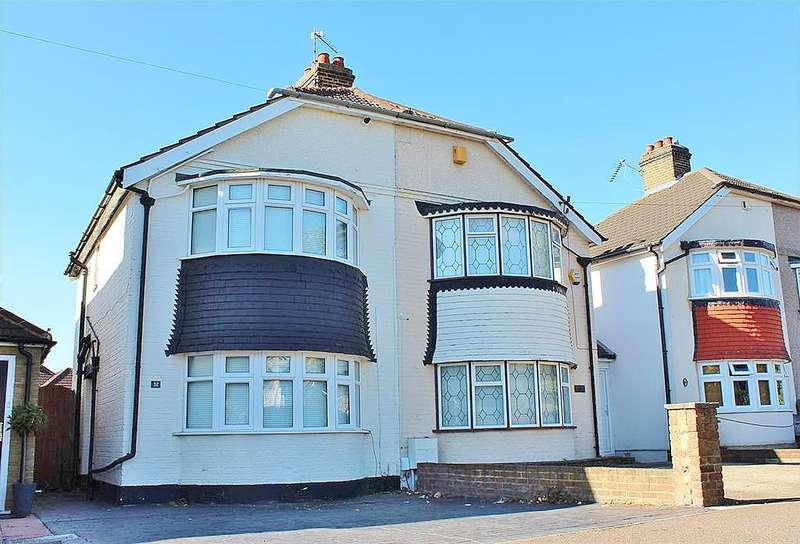 2 Bedrooms Semi Detached House for sale in Sidmouth Road, Welling, Kent DA16 1DS