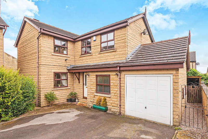 4 Bedrooms Detached House for sale in West End Drive, Cleckheaton, BD19