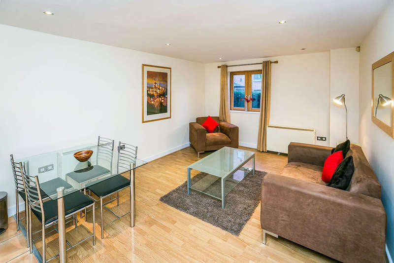 1 Bedroom Flat for sale in Winchester House The Square Seller Street, Chester, CH1
