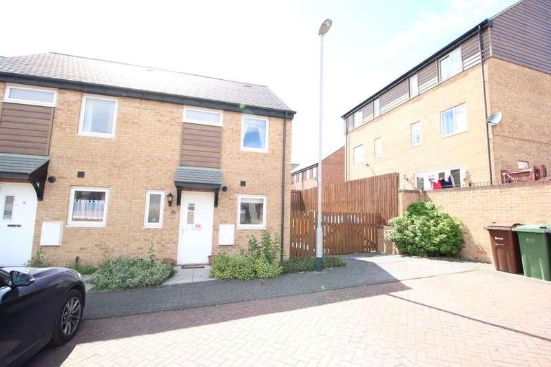 2 Bedrooms Property for sale in Oaklands Grove, Gipton, Leeds, LS8