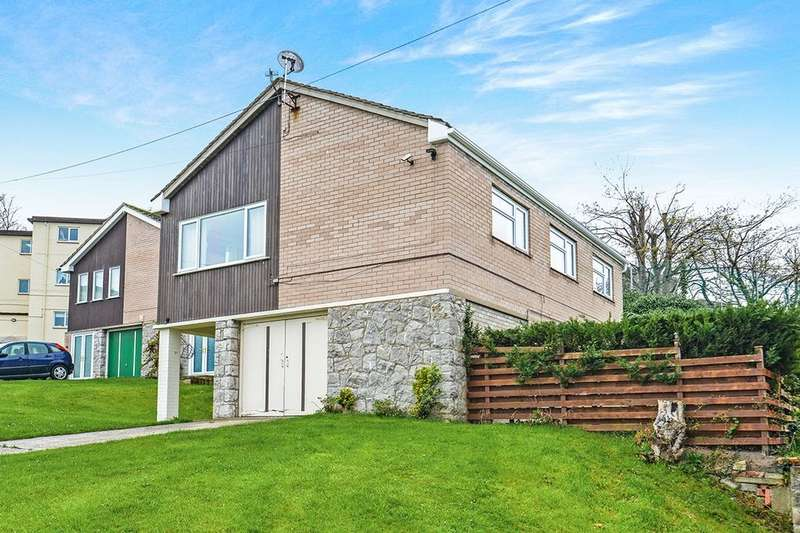4 Bedrooms Detached House for sale in Churchill Close, Old Colwyn, Colwyn Bay, LL29