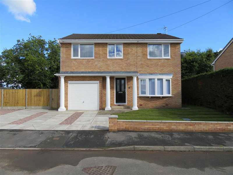 4 Bedrooms Detached House for sale in Cae Bychan, Flint