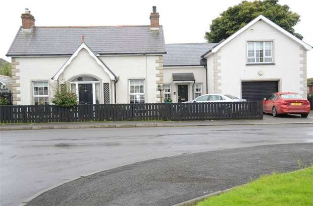 4 Bedrooms Detached House for sale in Gravelhill Road, Lisburn, County Antrim