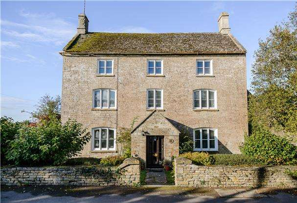 7 Bedrooms Detached House for sale in Court Farmhouse, Latton, Wiltshire, SN6 6DH