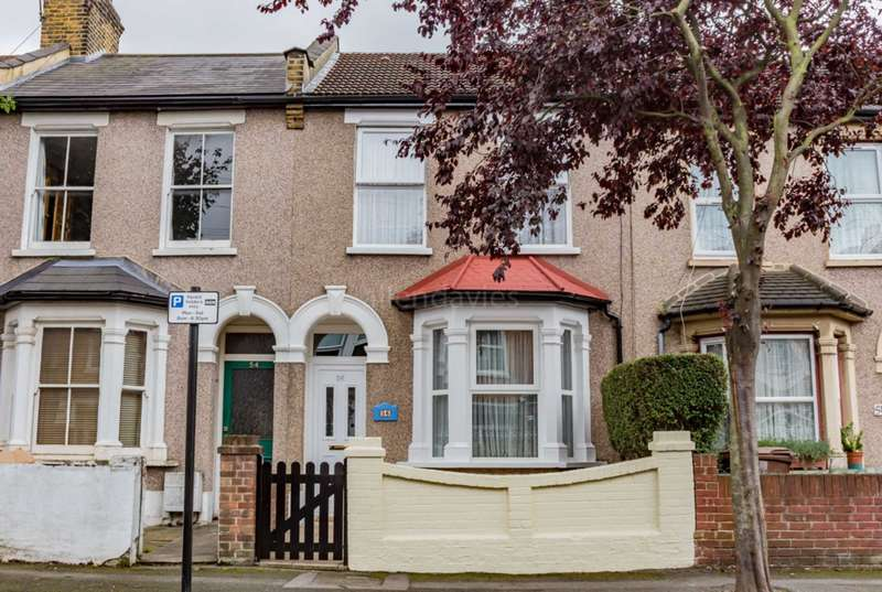 3 Bedrooms Terraced House for sale in Grosvenor Road, Leyton