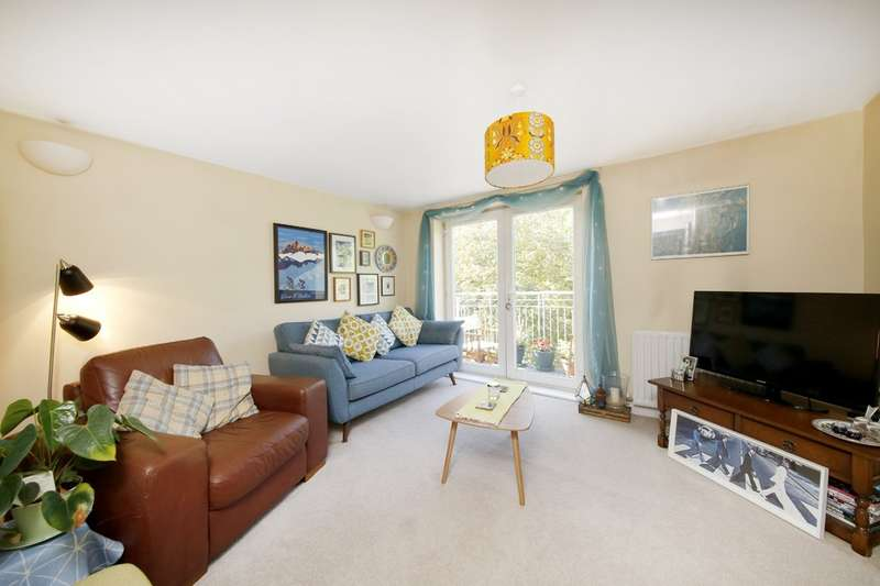 2 Bedrooms Flat for sale in Edgehill Lodge ,153 Turnham Road