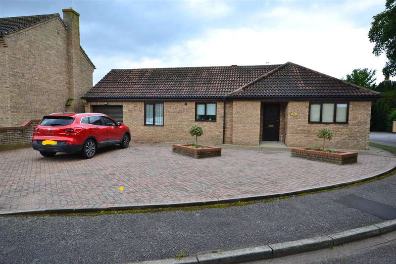 3 Bedrooms Bungalow for sale in Red House Gardens, Soham