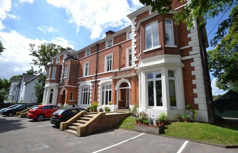 3 Bedrooms Apartment Flat for sale in Didsbury Park, Didsbury