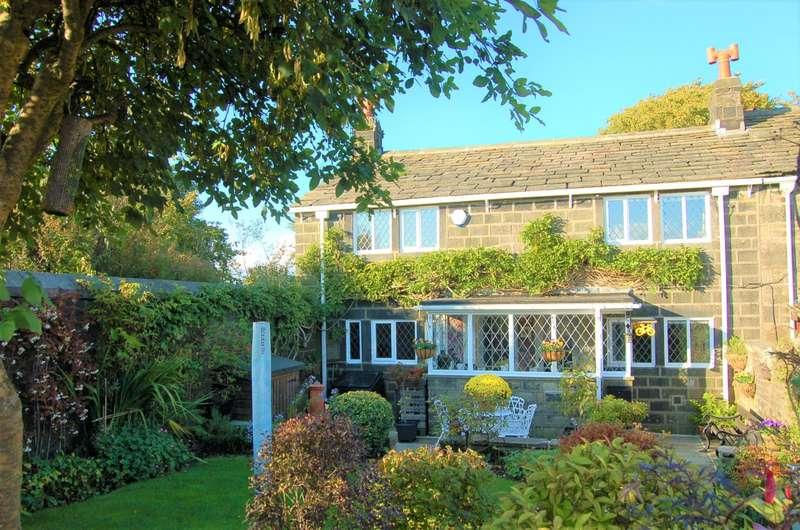 3 Bedrooms Cottage House for sale in Corner Cottage,Heptonstall, Hebden Bridge, Hx7