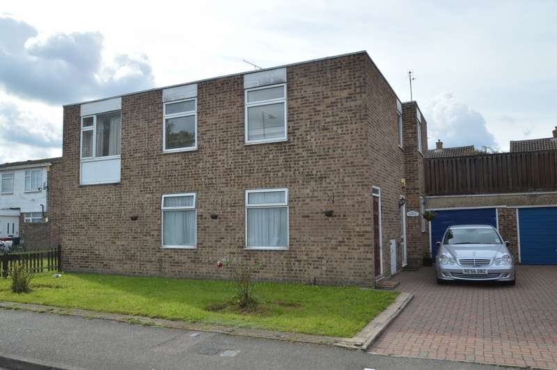 3 Bedrooms Flat for sale in High Street, Langley, SL3