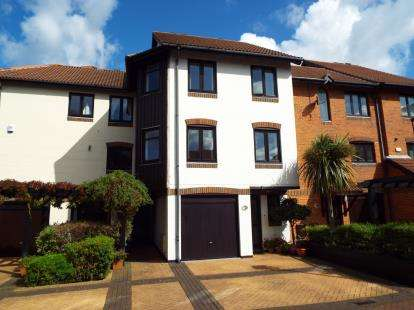 4 Bedrooms Terraced House for sale in Ocean Village, Southampton, Hampshire