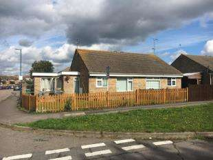 2 Bedrooms Bungalow for sale in Moorhen Way, Bognor Regis, West Sussex