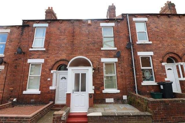 3 Bedrooms Terraced House for sale in Clift Street, Carlisle, Cumbria, CA2 7PQ