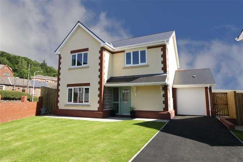 4 Bedrooms Detached House for sale in Llys Tyr Twyn, Abercynon