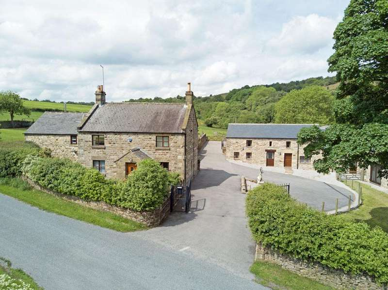 5 Bedrooms House for sale in Harewood Moor Grange, Holymoorside, Derbyshire, S42