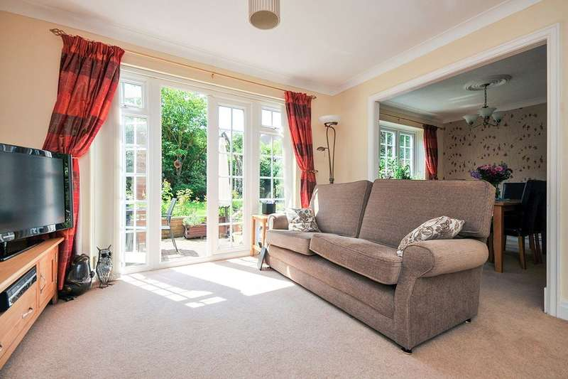 4 Bedrooms Detached House for sale in Lansdowne Road, Bromley, BR1