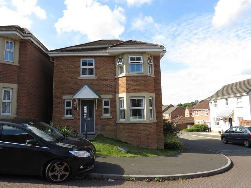 4 Bedrooms Detached House for sale in Underwood Place, Brackla, Bridgend