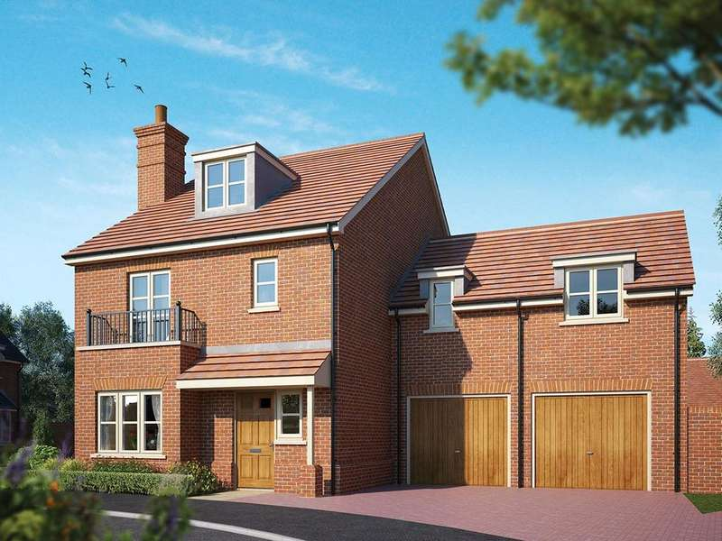4 Bedrooms Detached House for sale in Fleet Road, Hartley Wintney, Hook, Hampshire