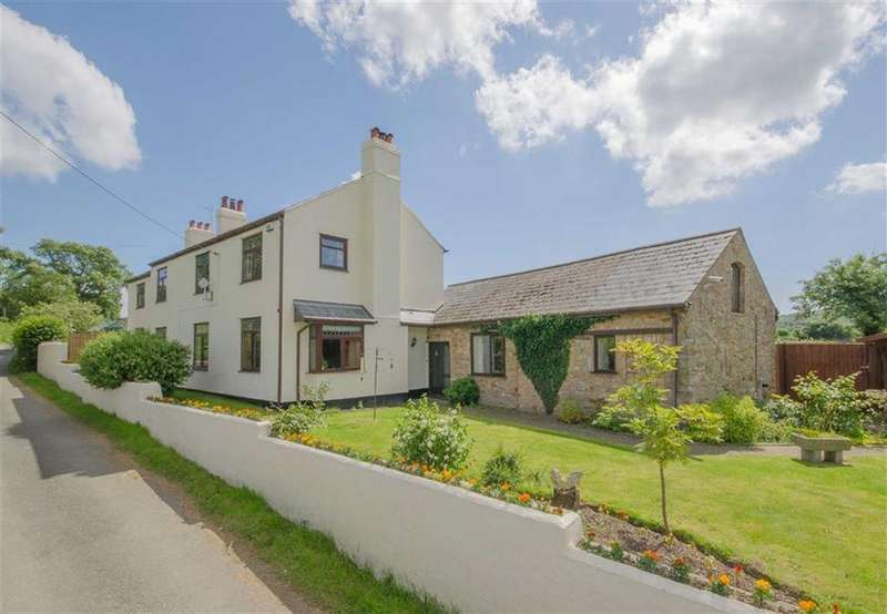 4 Bedrooms Detached House for sale in Ffordd Yr Odyn, Treuddyn, Mold