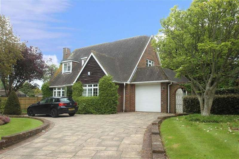 3 Bedrooms Chalet House for sale in West Drive, Angmering, West Sussex