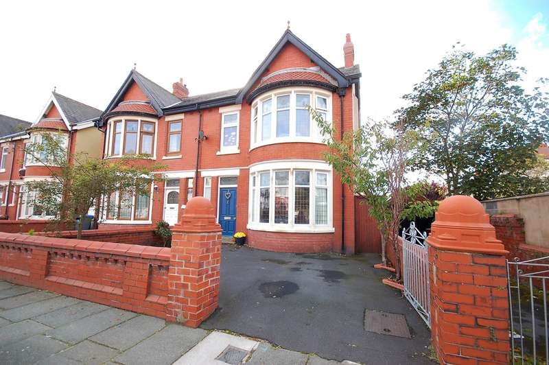 4 Bedrooms Semi Detached House for sale in Third Avenue, Blackpool