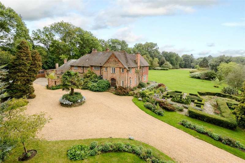 6 Bedrooms Detached House for sale in Bagwell Lane, Odiham, Hook, Hampshire
