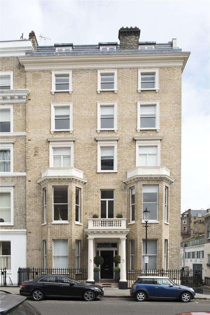 House for sale in Queen's Gate Place, London