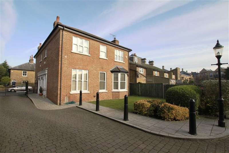 2 Bedrooms Apartment Flat for sale in Leinster Mews, Barnet, Herts, EN5