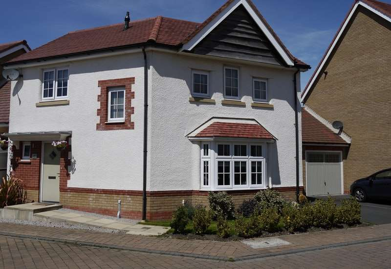 3 Bedrooms Link Detached House for sale in Seacrest Avenue, Fleetwood, Lancashire, FY7