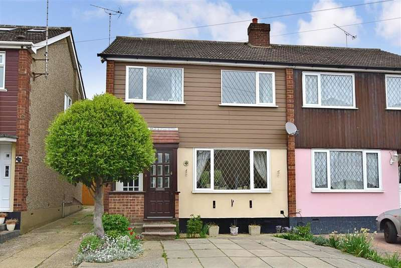 3 Bedrooms Semi Detached House for sale in The Oaks, Billericay, Essex