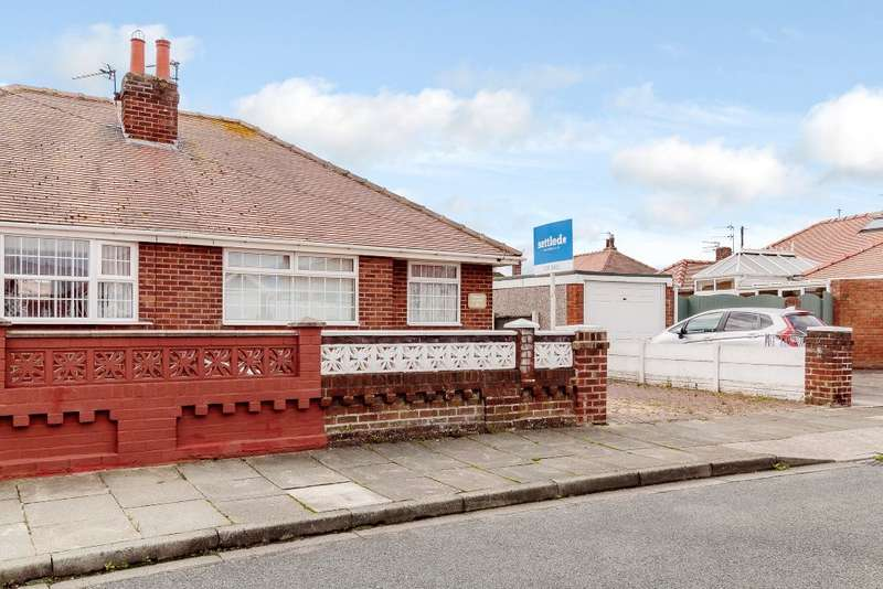 2 Bedrooms Semi Detached House for sale in Seaton Avenue, Thornton-Cleveleys, Lancashire, FY5