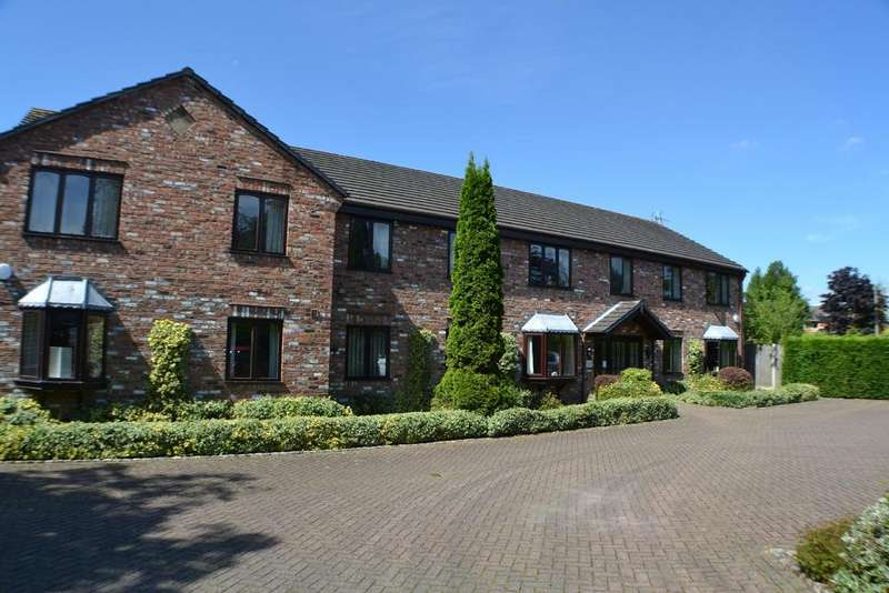 2 Bedrooms Retirement Property for sale in Sandringham Court, London Road, Holmes Chapel