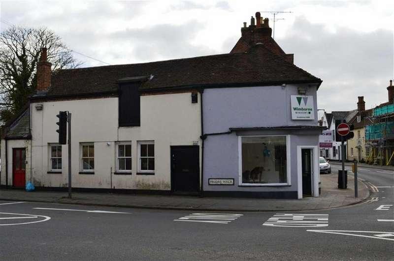 Studio Flat for sale in Priors Walk, Wimborne, Dorset