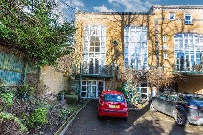 3 Bedrooms Terraced House for sale in Moseley Gate, Birmingham, West Midlands