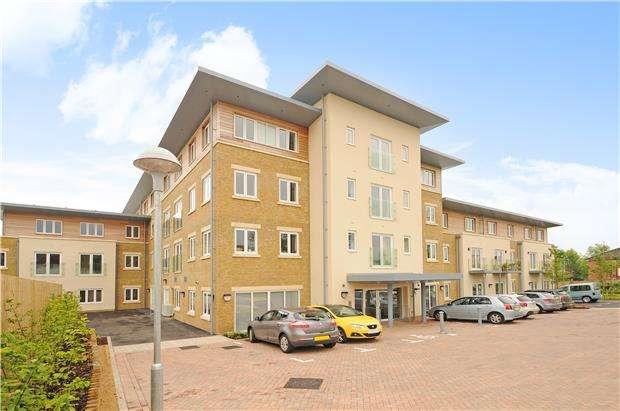 2 Bedrooms Flat for sale in Middleton House, Pilley Lane, Cheltenham, Glos, GL53 9GA