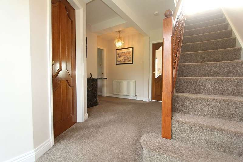 4 Bedrooms Detached House for sale in Kingswood Close, Firbeck, South Yorkshire, S81 8LJ