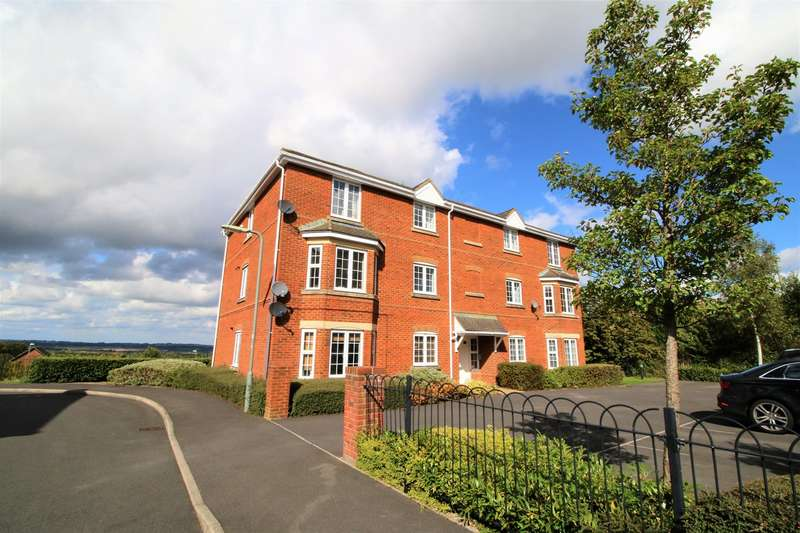 2 Bedrooms Apartment Flat for sale in Whitgift Close, Beggarwood, Basingstoke, RG22