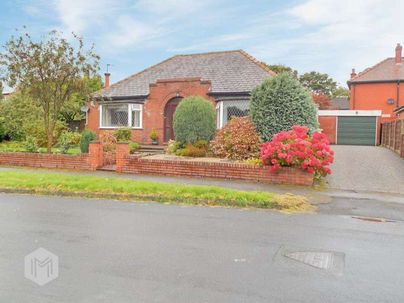 2 Bedrooms Detached Bungalow for sale in Church Road, Bolton, BL1
