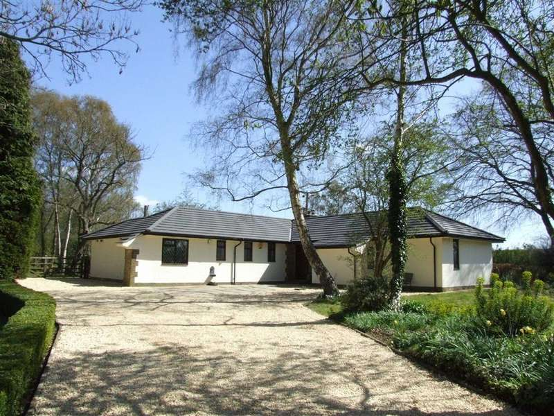 3 Bedrooms Detached House for sale in Cliffe Road, North Cliffe, East Yorkshire, YO43