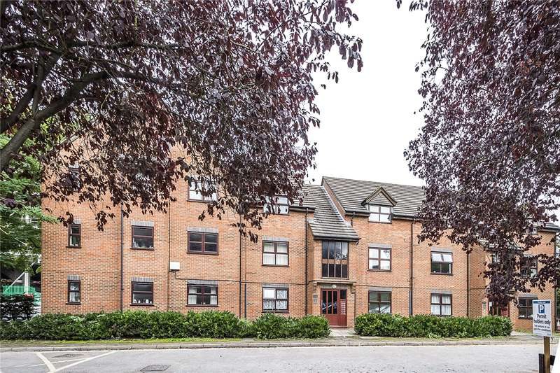 1 Bedroom Flat for sale in Butterfield Close, Twickenham, TW1