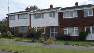 3 Bedrooms Terraced House for sale in Beech Gardens, Crawley Down, West Sussex