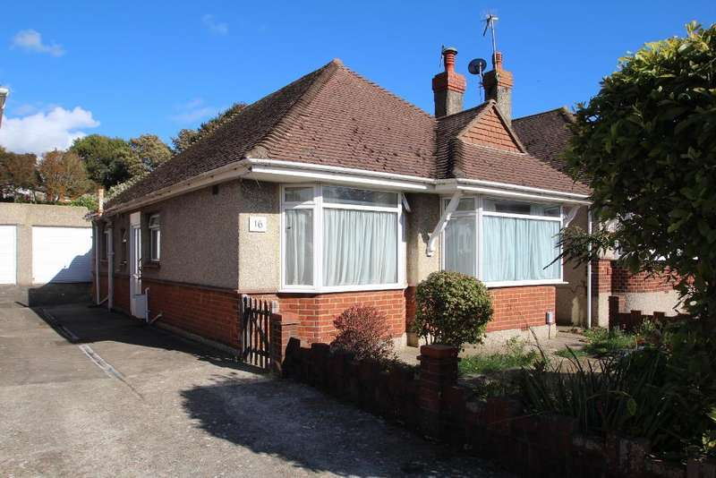 3 Bedrooms Detached Bungalow for sale in Fairdene, Southwick, West Sussex, BN42 4QN