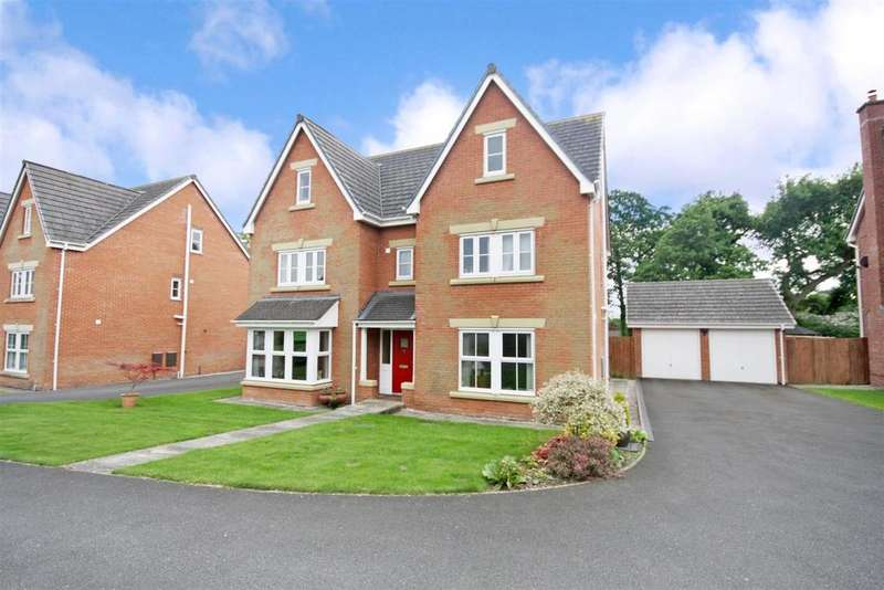 7 Bedrooms Detached House for sale in Upper Well Close, Oswestry