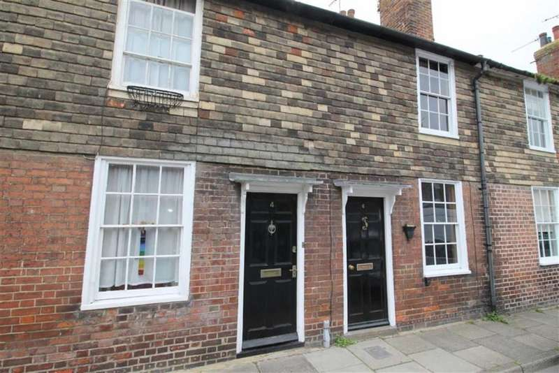 3 Bedrooms Town House for sale in Rope Walk, Rye