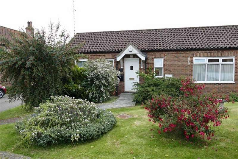2 Bedrooms Semi Detached Bungalow for sale in Village Farm, Middleton On The Wolds