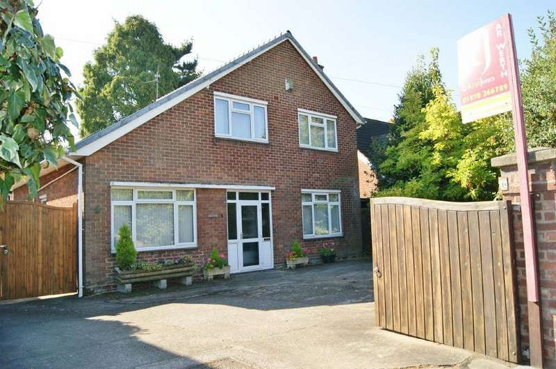 4 Bedrooms Detached House for sale in Powell Road, Wrexham, Wrexham