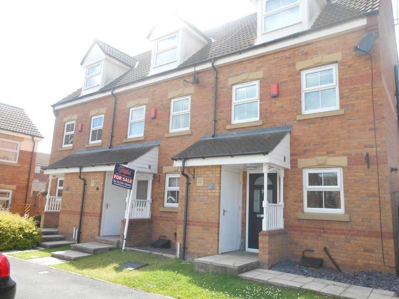 3 Bedrooms Town House for sale in Knavesmire Avenue, Dinnington